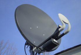 Satelitní televize za korunu je nesmysl. Na skrytých poplatcích zaplatíte přes 5 000 Kč
