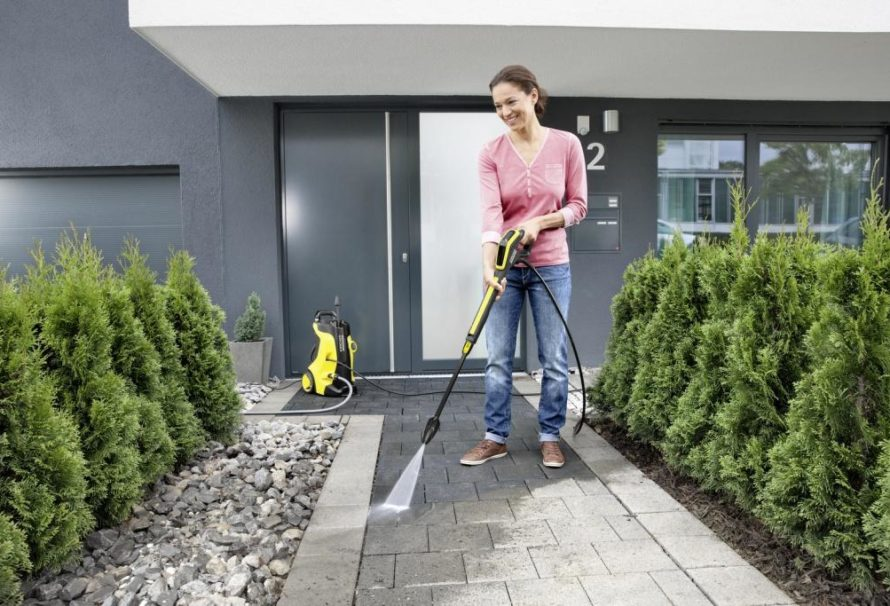 Jak snadno vyčistit terasu či chodníčky?