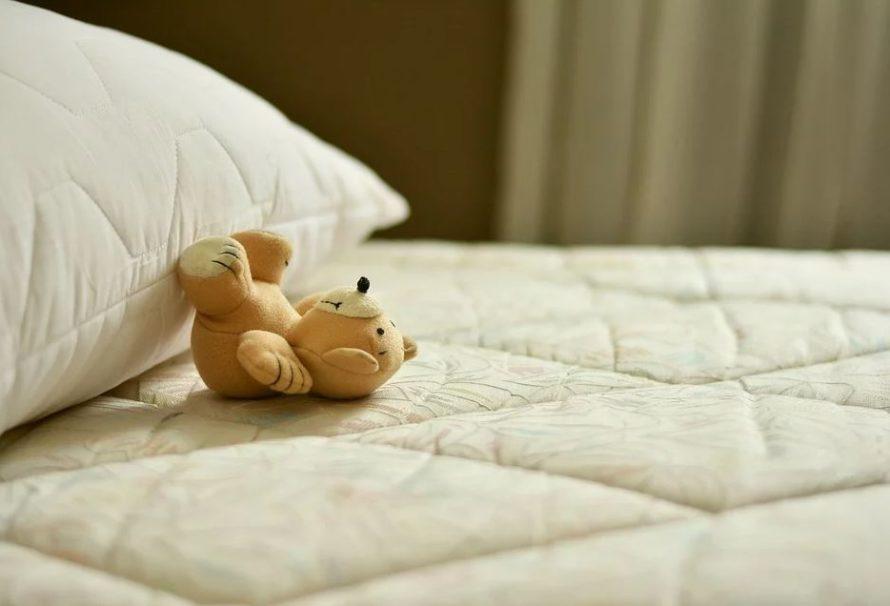 Bolí vás záda? Třeba spíte na špatné matraci!