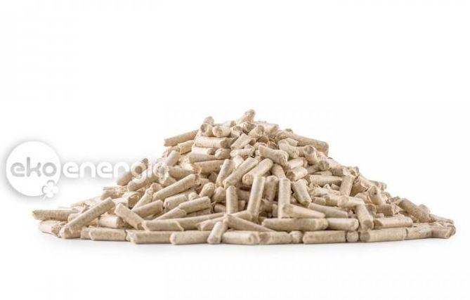 Topení bez starostí nabízí dřevěné pelety