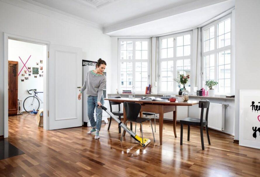 Pro snadné a rychlé vytírání sáhněte po podlahové myčce