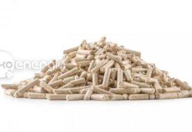 Měli byste topit palivovým dřevem, nebo briketami, či peletami?