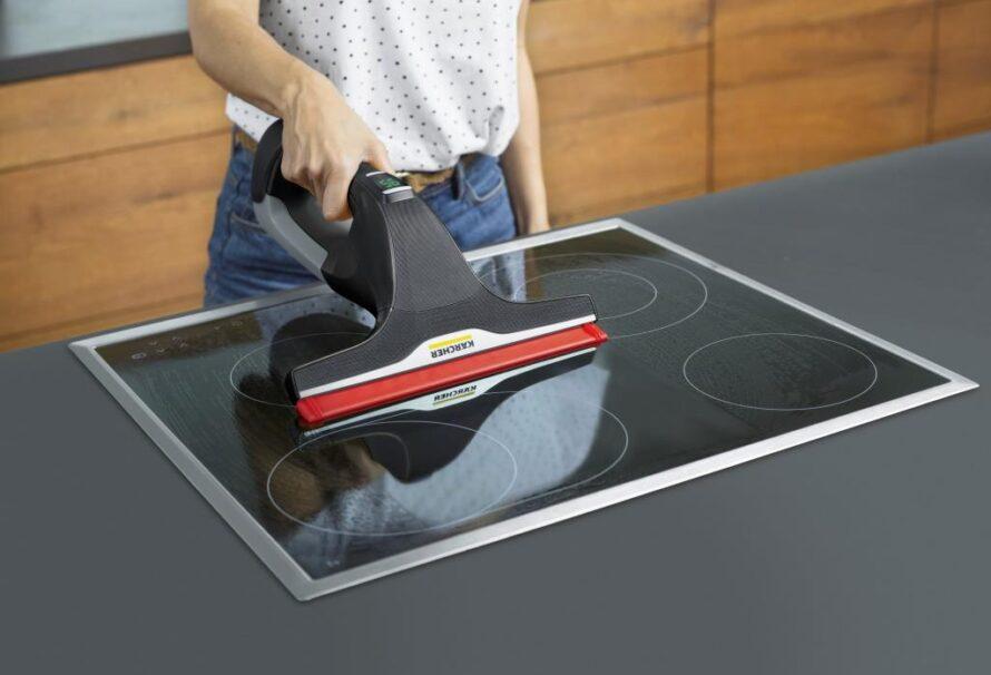 Sáhněte po barevném silikonu a usnadněte si úklid vcelé domácnosti saku stěrkou!