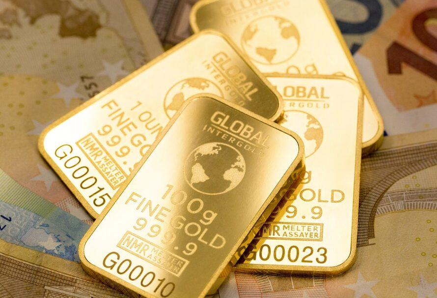 Vaše peníze nejlépe ochrání zlato. Nepodceňujte situaci a nakupte ho včas!